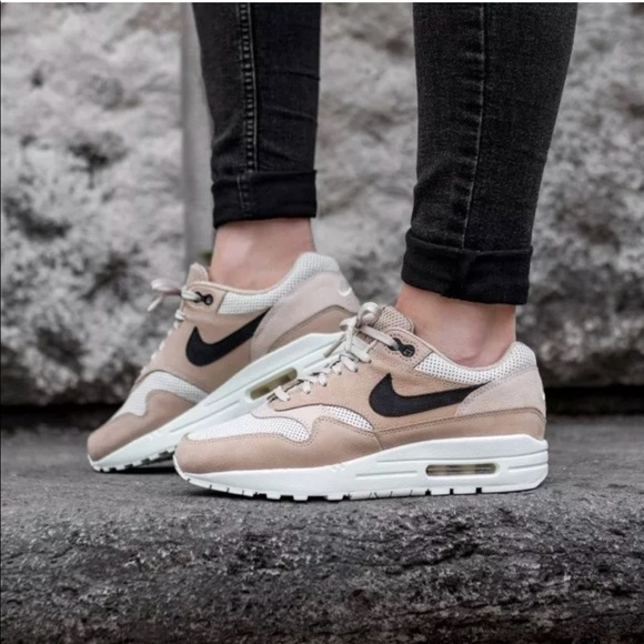 Women's Nike Air Max 1 Pinnacle Mushroom Sneakers NWT